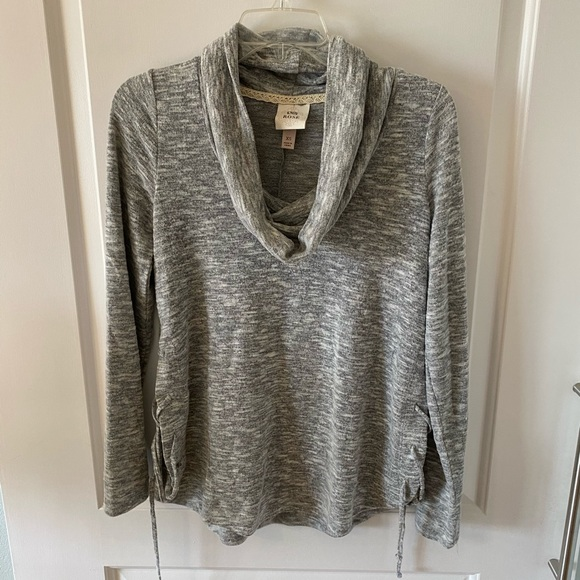Grey sweater with slit sides